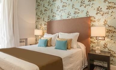Camas con cojines stunning tapiceria cupcakes tapiceria - Decorar cama con cojines ...